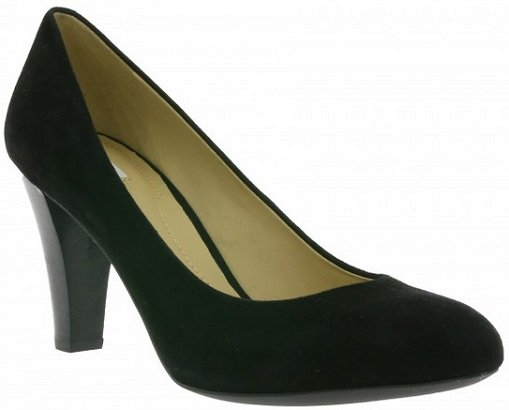 Geox Schuhe für die ganze Familie - z.T. Restgrößen - ab 29,99€ inkl. Versand
