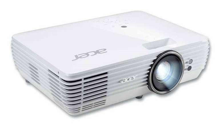 Acer V6815 UHD 4K Projektor mit 2.400 ANSI-Lumen für 710,69€ (statt 1.350€)
