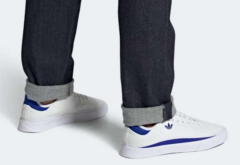 Adidas Sabalo Schuh in weiß blau für 47,73€ inkl. Versand (statt 69€)