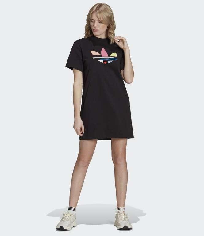 Adidas Adicolor Shattered Trefoil T-Shirt-Kleid in 2 Farben für je 31,50€ inkl. Versand (statt 39€)