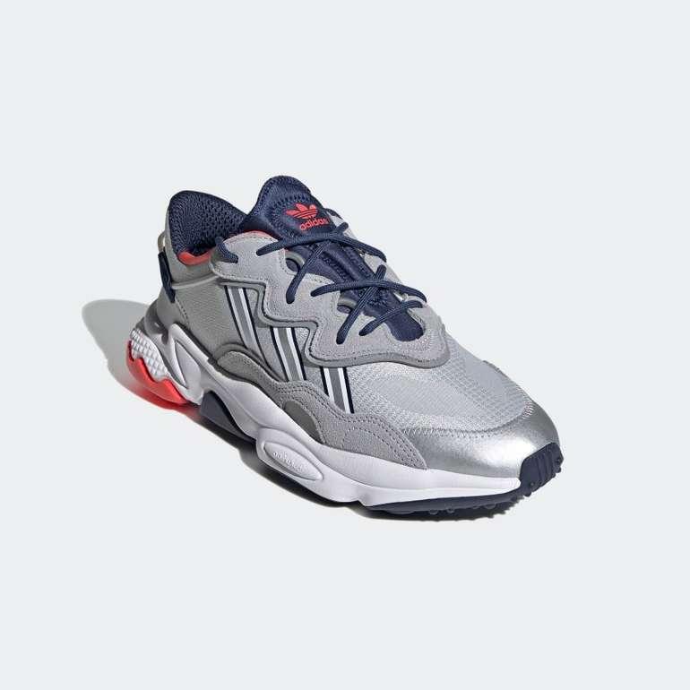 Adidas Ozweego Herren Sneaker in Grau/Blau für 67,20€ inkl. Versand (statt 120€)