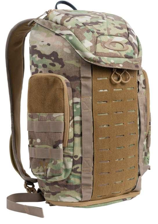 Oakley Link Pack Miltac Rucksack mit 23 Liter für 60,78€ inkl. Versand (statt 85€)