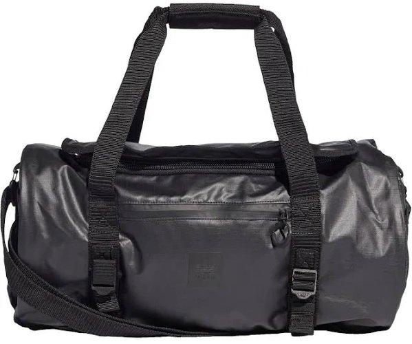 Adidas Gear Duffelbag in schwarz für 59,97€ inkl. Versand (statt 80€)