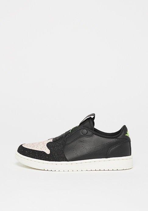 Nike Damen Sneaker Air Jordan 1 Retro Low Slip für 35,99€ inkl. VSK