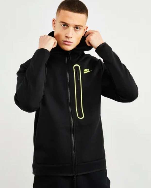 Nike Tech Fleece Full Zip Herren Hoodie in Schwarz für 69,99€ inkl. Versand (statt 96€)