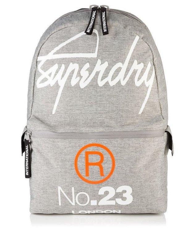 Superdry Taschen und Rucksäcke (versch. Modelle) für 21,95€ inkl. Versand