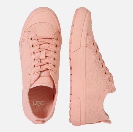 UGG Sneaker 'Aries' in Apricot oder Mint für nur 40,89€ inkl. VSK (statt 80€)