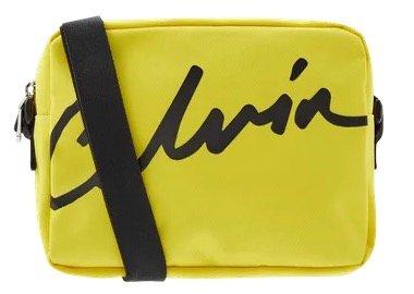 Calvin Klein Jeans Umhängetasche mit Logo-Print für 27,99€ (statt 43€)