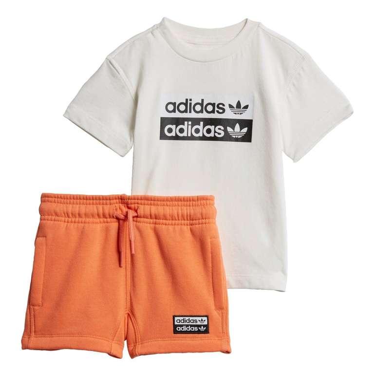 Adidas Kids R.Y.V. Shorts & T-Shirt Set (Größe 62 bis 104) für 23,45€ inkl. Versand (statt 33€)