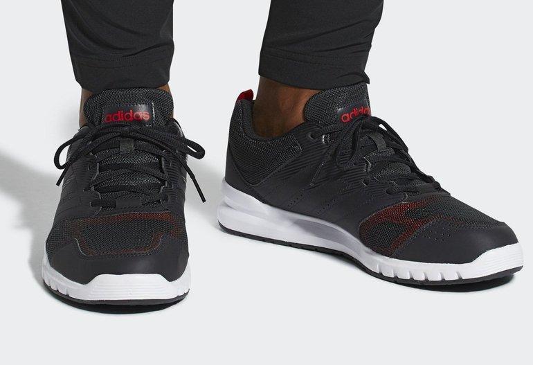 Adidas Essential Star 3 Sneaker für 35,72€ inkl. Versand (statt 47€)