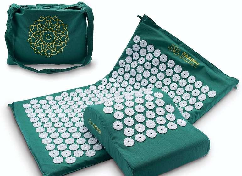 Jaadoo Akupressurmatten Set mit Kissen & Tasche für je 19,98€ inkl. Versand (statt 30€)