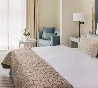 2 & mehr ÜN in Meißen im 3-Sterne Dorint Hotel inkl. HP & Wellness ab 109€ p.P.