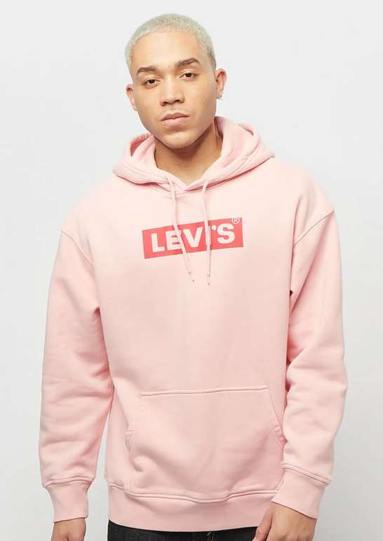 "Levis ""T3 Relaxd Graphic"" Herren Hoodie in Pink für 31,99€inkl. Versand (statt 60€)"