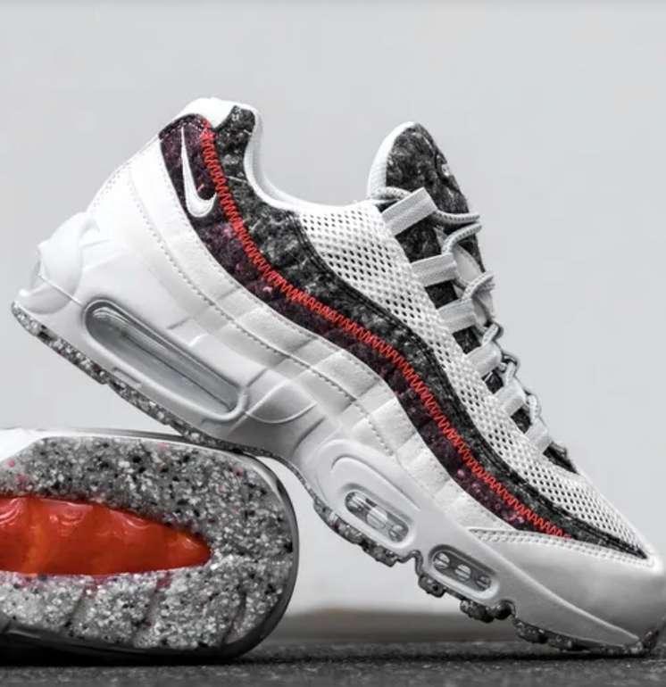 """Nike Air Max 95 Essential Recycled Felt Herren Sneaker im """"White/Photon Dust""""-Colourway für 119,99€"""