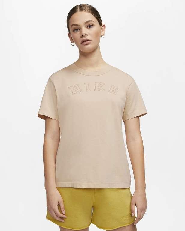 Nike Sportswear Damen Oberteil in 2 Farben für je 20,80€ inkl. Versand (statt 32€) - Nike Membership!