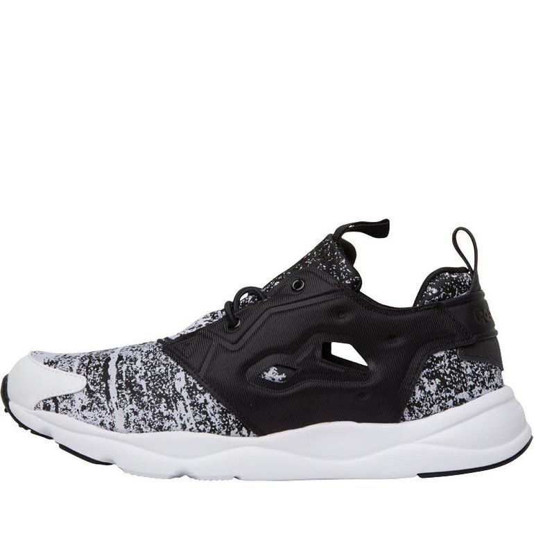 Sneaker Sale mit bis zu 65% Rabatt - z.B. Reebok Herren Furylite für 23,95€