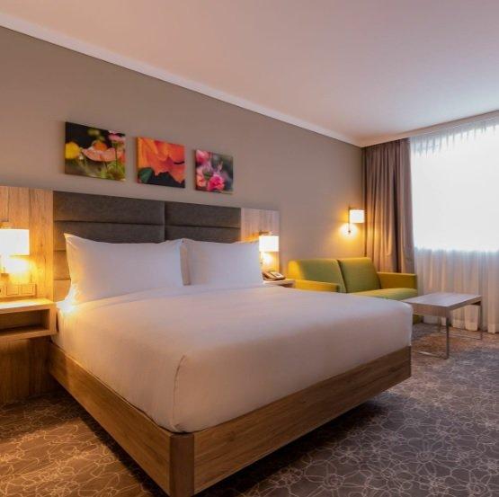 Wiener Neustadt: 1 Übernachtung im 4* Hilton Garden Inn Hotel inkl. Frühstück ab 42,50€ pro Person