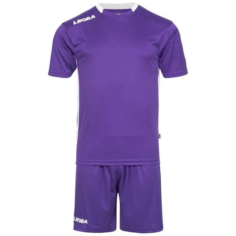 Legea Monaco Fußball Set Trikot mit Shorts in 3 Farben für je 8€ inkl. Versand (statt 13€)