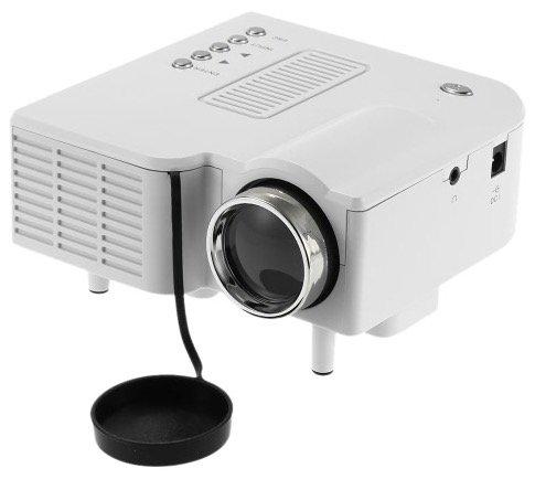 Portabler Mini-LED-Beamer mit Fernbedienung für ~28€ inkl. Versand