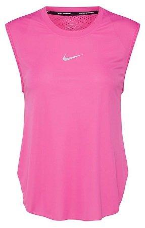 Nike Sport-Shirt in pink für 15,71€ inkl. VSK (statt 27€)