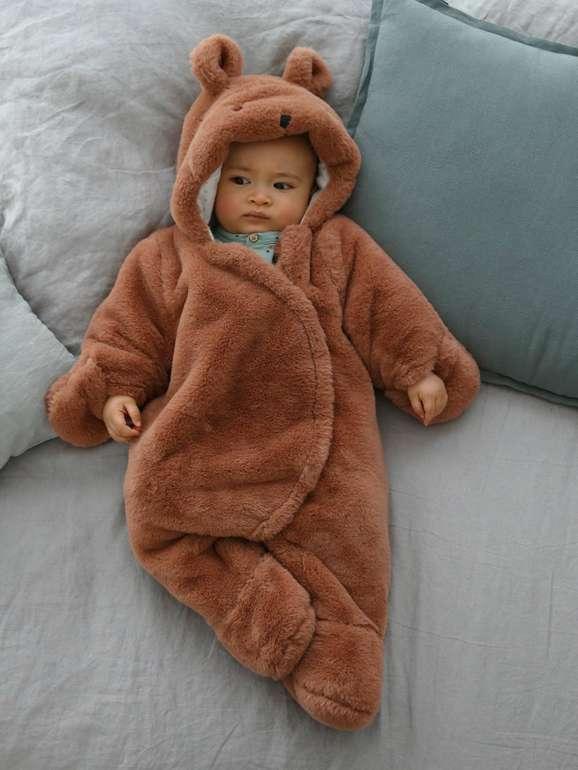 Vertbaudet: Bis zu 40% Rabatt auf viele Produkte + VSKfrei, z.B. Baby Overall für 26,99€