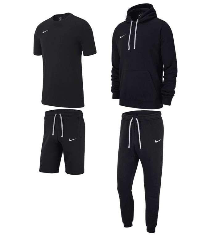 4-tlg. Nike Team Club 19 Freizeitset für 79,95€ inkl. Versand (statt 94€)