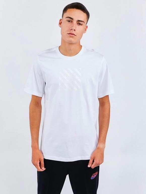 Nike Herren T-Shirt M NSW SS für 9,99€ inkl. Versand (statt 19€)