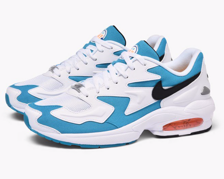 Caliroots Sale: Bis -50% Rabatt + 30% - z.B. Nike Air Max2 Light Sneaker für 68€