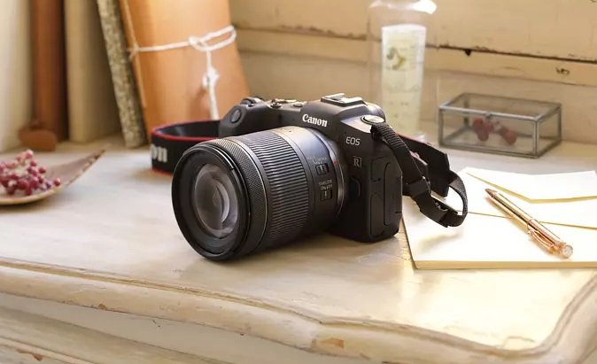 Canon EOS RP Kit Systemkamera