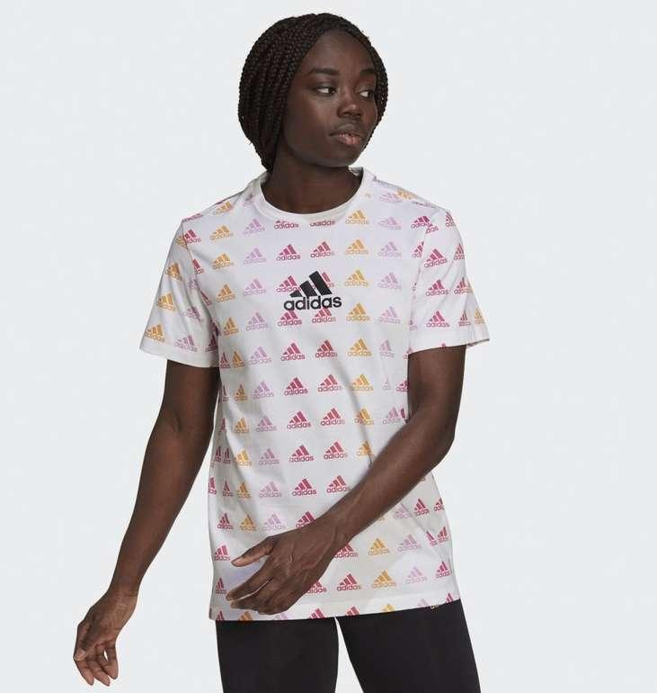 Adidas Essentials Boyfriend Gradient Logo T-Shirt in 2 Farben für je 13,72€ inkl. Versand (statt 18€) - Creators Club