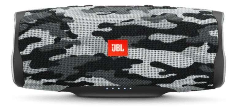 JBL Charge 4 Bluetooth Lautsprecher in White Camouflage (Wasserfest) für 90,99€ (statt 129€)