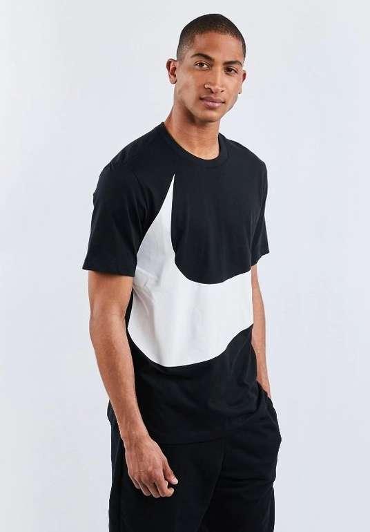 Nike Sportswear Herren T-Shirt Swoosh in 3 Farben für je 9,99€ inkl. Versand (statt 25€)