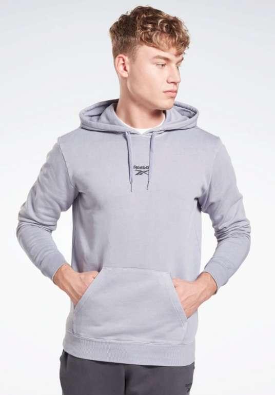 Reebok Classics Premium Vector Hoodie in grau für 33,58€inkl. Versand (statt 70€)
