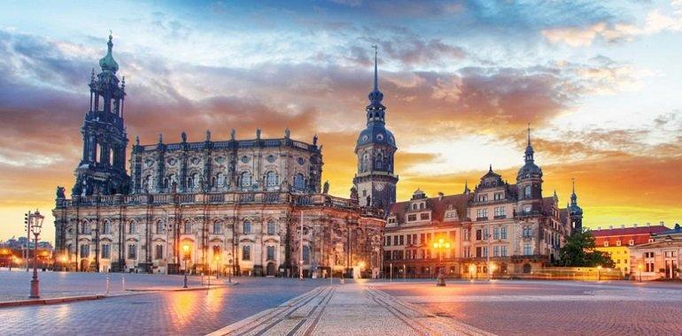 Elbflorenz Dresden TravelCircus