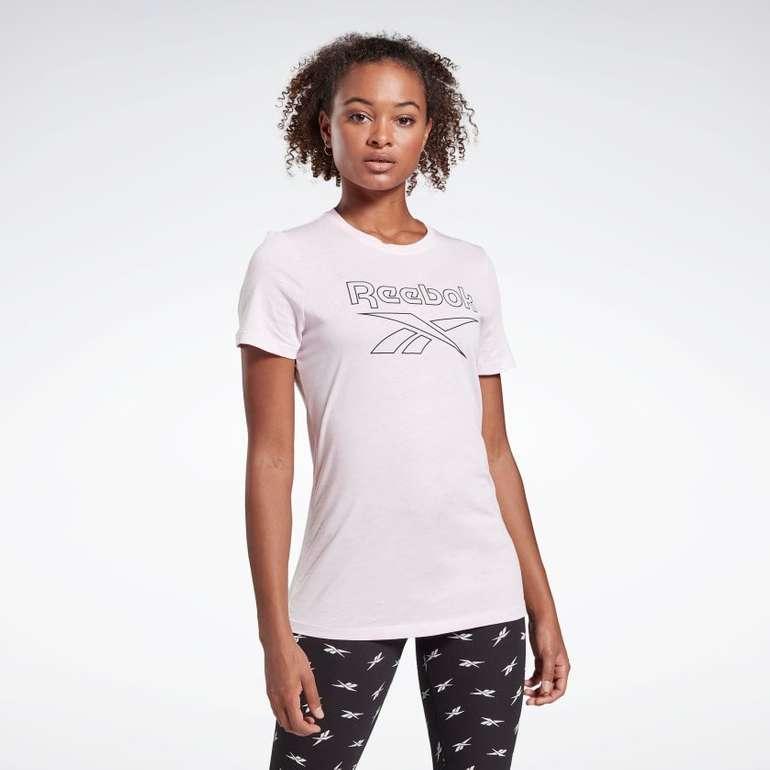 Reebok Damen Training Essentials Graphic T-Shirt in 2 Farben für je 11,97€ inkl. Versand (statt 16€)