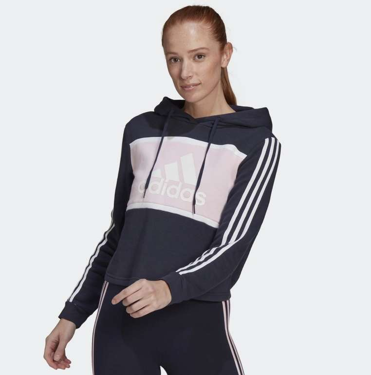 Adidas Essentials Logo Colorblock Fleece Cropped Hoodie für 32,72€ inkl. Versand (statt 41€)