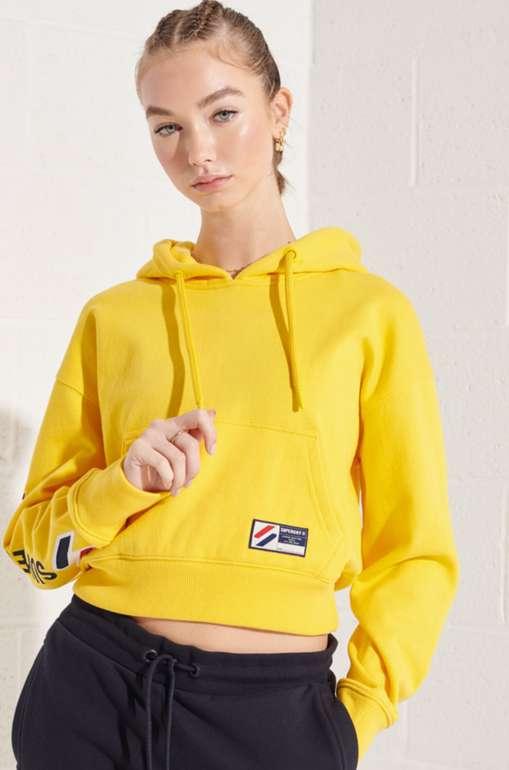 Superdry Sportstyle Hoodie mit Grafik in gelb für 29,90€inkl. Versand (statt 51€)