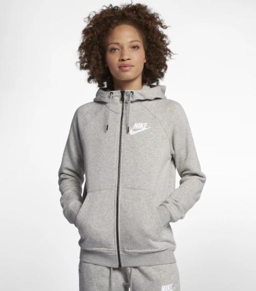 Nike Sportswear Rally Damen-Hoodie in schwarz oder grau für 34,28€ inkl. Versand (statt 63€) - Nike Membership