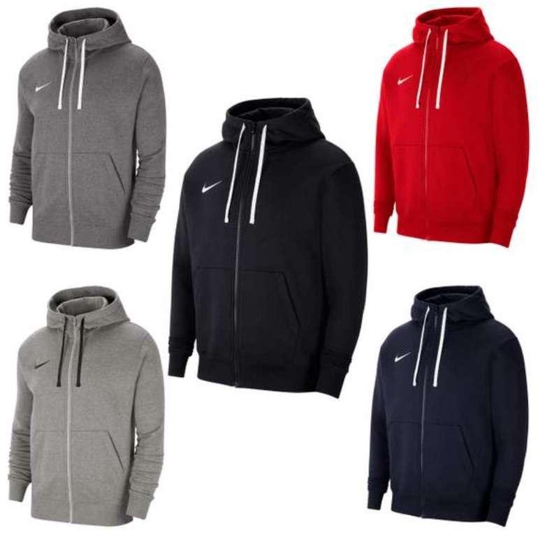 Nike Team Park 20 Fleece Kapuzenjacke (versch. Farben) für 29,99€ inkl. Versand (statt 39€)