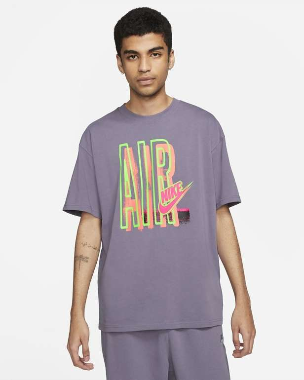 Nike Sportswear DNA Air Herren T-Shirt in 2 Farben für je 27,99€ (statt 35€) - Nike Membership!