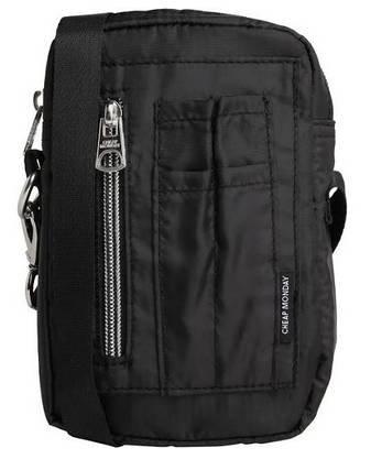 Cheap Monday Tasche in schwarz für 16,07€ inkl. Versand (statt 26€)