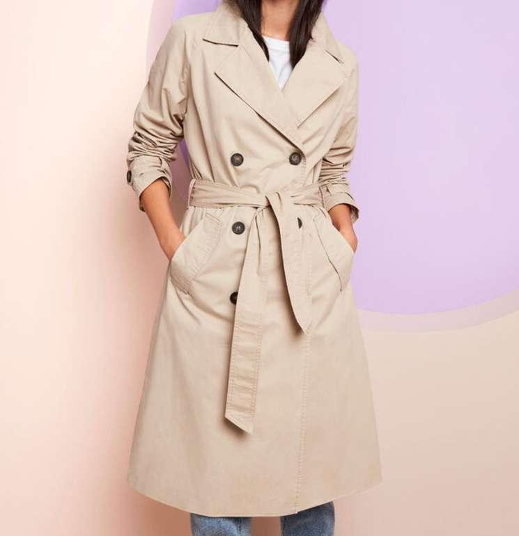 Takko Fashion Sale mit bis zu 50% Extra Rabatt (ab 5 Teile) + VSKfrei - z.B. Damen Trenchcoat für 12,99€ (statt 20€)