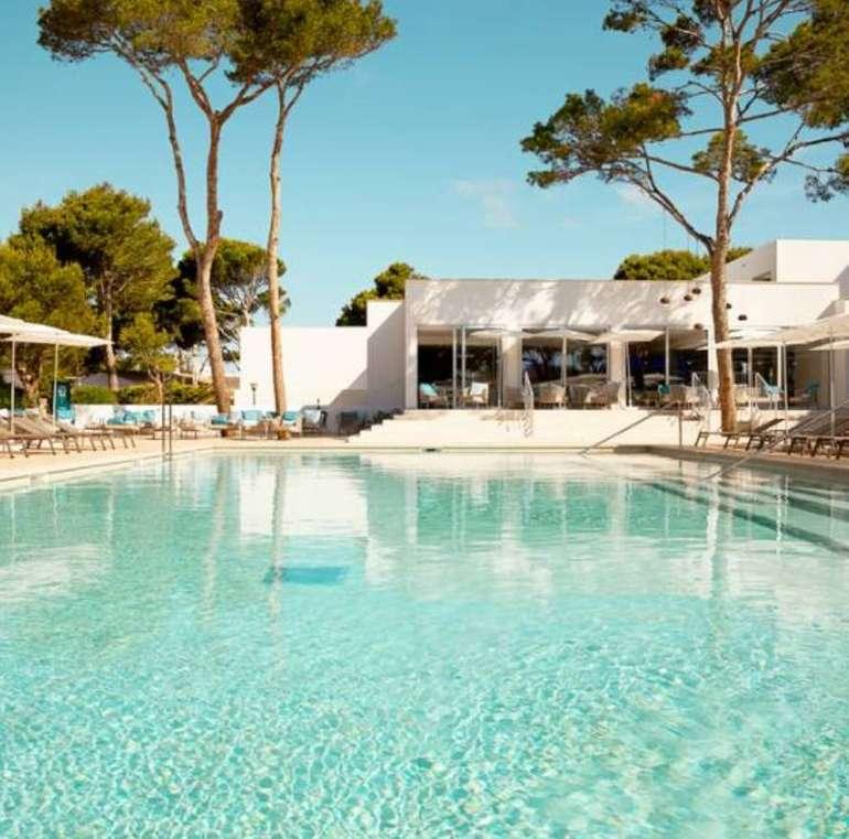 8 Tage Mallorca im neuen 4* Hotel inkl. Halbpension, Transfer + Flüge ab 288€ p.P.