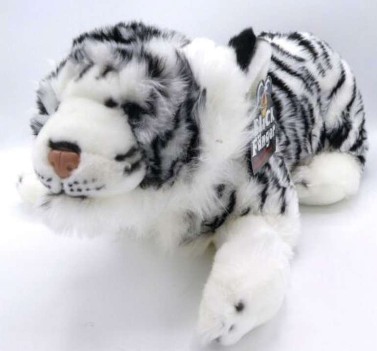 Heinrich Bauer - Sibirischer Tiger Kuscheltier (liegend, 46 cm) für 16,95€ inkl. Versand (statt 37€)