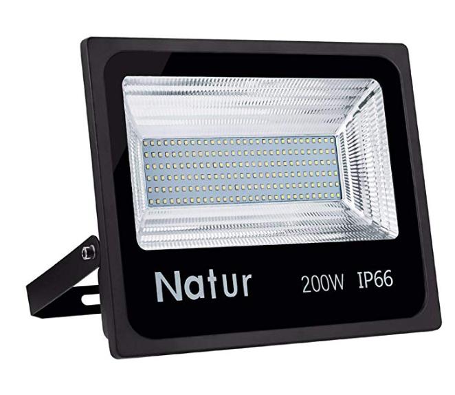 2 Natur LED Fluter günstiger bei Amazon dank Code - z.B. 200W Fluter für 44€
