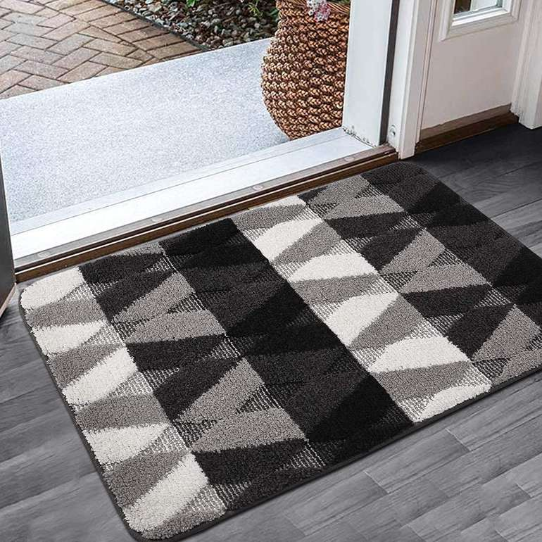 Color&Geometry Fußmatte in 2 Farben & 4 Größen ab 8,49€ inkl. Prime Versand