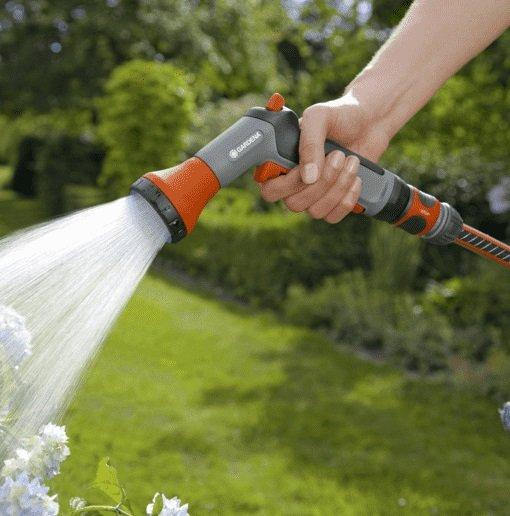 GARDENA 18299-32 Bewässerungsbrausen-Set für 10€ (statt 15€)