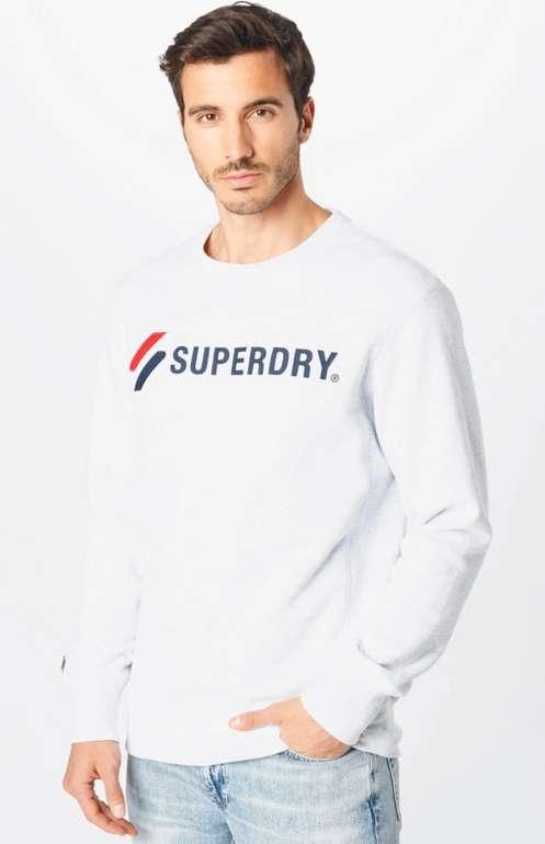 Superdry Applique Crew Sweatshirt in Hellgrau für 32,94€ inkl. Versand (statt 53€)