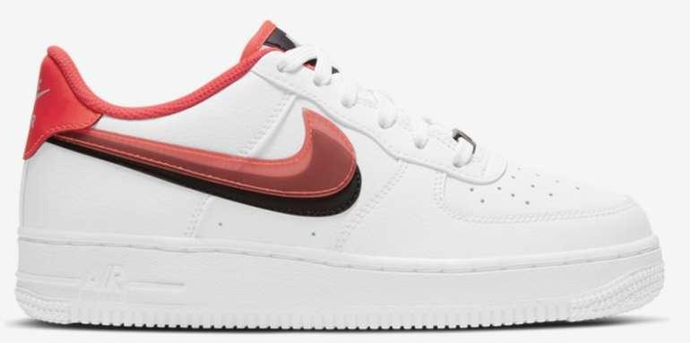 """Nike Air Force 1 LV8 Trainer """"Pastel Swoosh"""" (GS) Sneaker im """"White/Red""""-Colourway für 69,99€ (statt 80€)"""