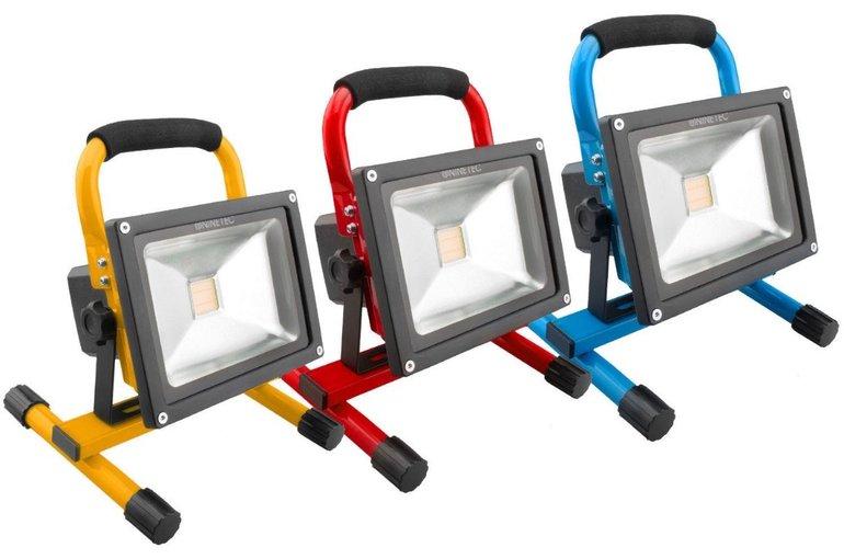 Ninetec LED-Flutlicht mit 20W und Akku für 27,77€ inkl. Versand